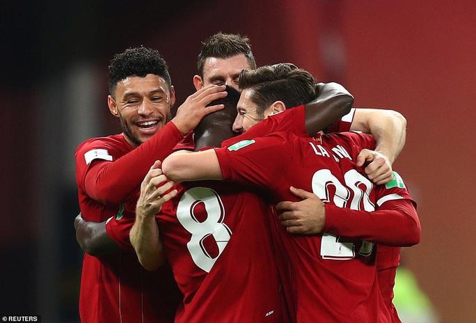 Hạ chủ nhà Tottenham, Liverpool chạm tay vào lịch sử - Ảnh 8.