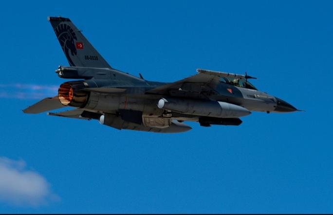 Thổ Nhĩ Kỳ xâm phạm không phận Hy Lạp 40 lần trong 1 ngày - Ảnh 1.