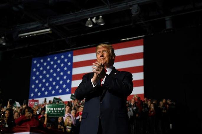 Tổng thống Trump phản pháo giận dữ sau khi chính thức bị luận tội - Ảnh 2.