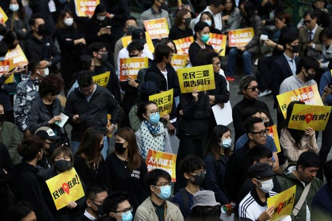 Trả đũa Mỹ về luật Hồng Kông, Trung Quốc lại muốn giảm thuế - Ảnh 1.