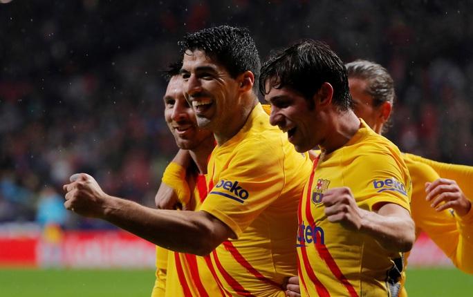 Barcelona soán ngôi Real Madrid bằng siêu phẩm Lionel Messi - Ảnh 8.
