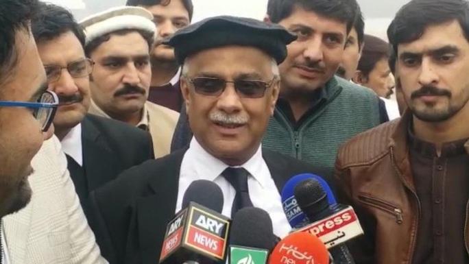 """Thẩm phán trả giá vì muốn """"bêu thi thể"""" cựu tổng thống Pakistan - Ảnh 1."""