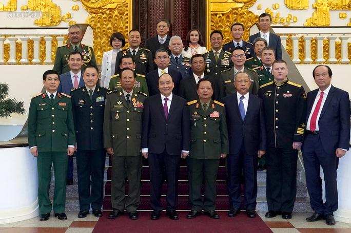 Quân đội bảo vệ vững chắc Tổ quốc trong mọi tình huống - Ảnh 1.