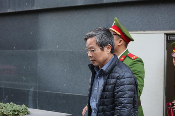 Nguyên bộ trưởng Nguyễn Bắc Son đối mặt án tử - Ảnh 1.
