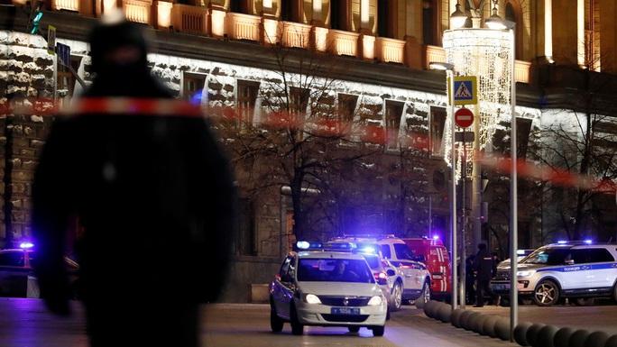 Nga: Nổ súng gần cơ quan an ninh, nhiều người thương vong - Ảnh 2.