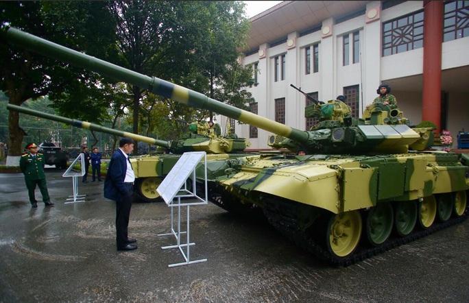 Cận cảnh lãnh đạo cấp cao dự lễ kỷ niệm Ngày thành lập Quân đội nhân dân Việt Nam - Ảnh 8.
