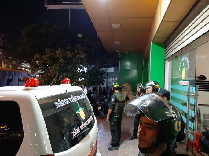 Cảnh sát Đồng Nai phong tỏa một bệnh viện ở Biên Hòa - Ảnh 2.