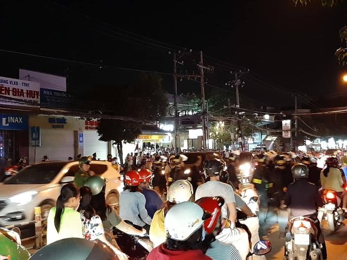 Cảnh sát Đồng Nai phong tỏa một bệnh viện ở Biên Hòa - Ảnh 3.