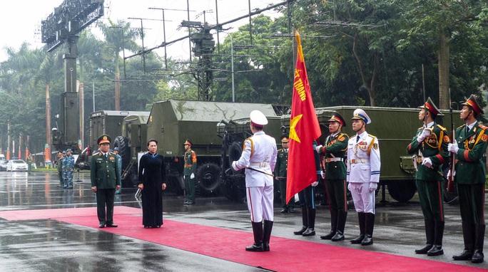 Cận cảnh lãnh đạo cấp cao dự lễ kỷ niệm Ngày thành lập Quân đội nhân dân Việt Nam - Ảnh 3.