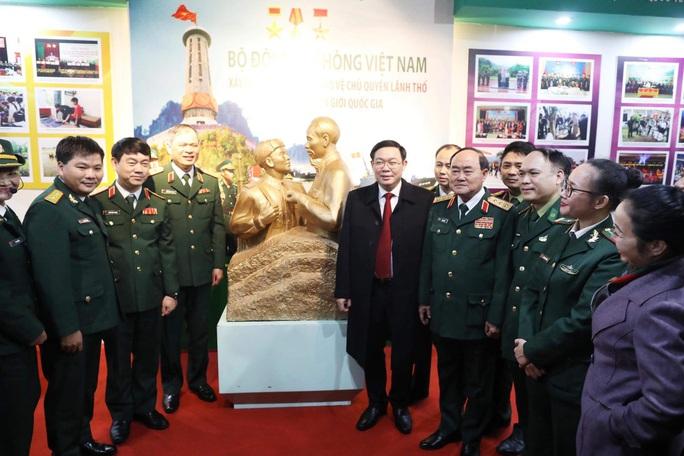 Phó Thủ tướng khai trương triển lãm quân sự - quốc phòng - Ảnh 5.