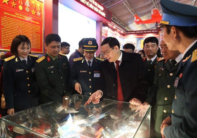 Phó Thủ tướng khai trương triển lãm quân sự - quốc phòng - Ảnh 6.