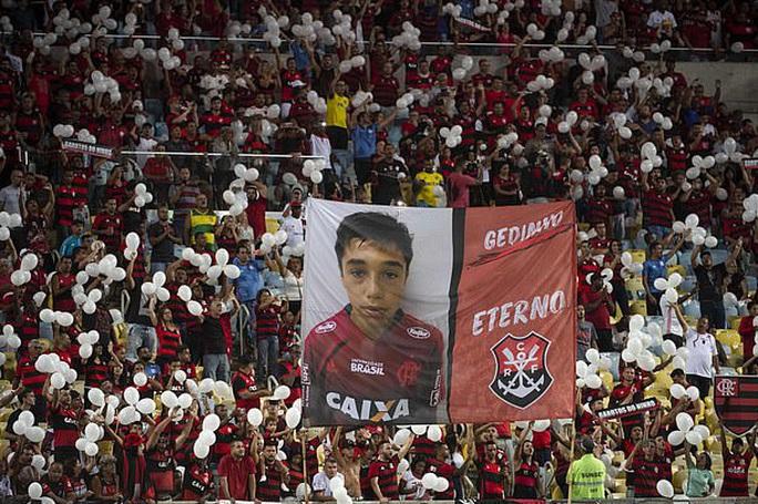 Flamengo: Từ 10 cầu thủ trẻ chết cháy đến trận chung kết World Cup - Ảnh 5.