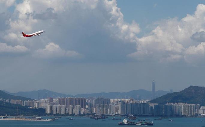 Hồng Kông Airlines bị giam 7 máy bay vì không trả nợ - Ảnh 1.