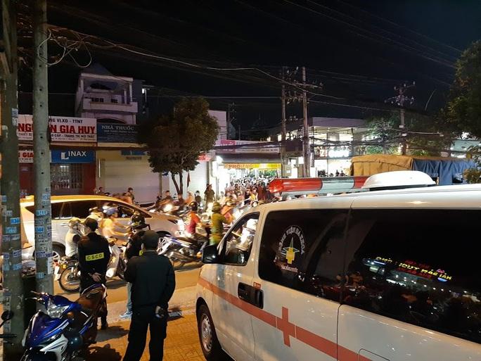 Vụ cảnh sát bao vây bệnh viện ở Biên Hòa: Bắt giữ 14 đối tượng tín dụng đen - Ảnh 8.