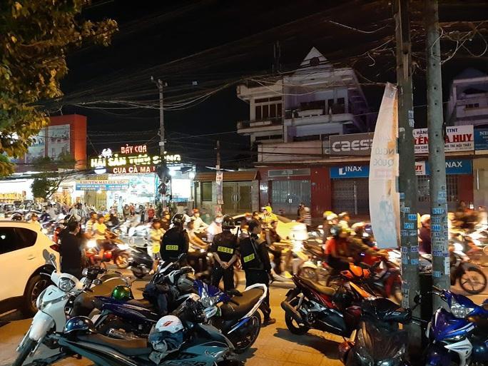 Vụ cảnh sát bao vây bệnh viện ở Biên Hòa: Bắt giữ 14 đối tượng tín dụng đen - Ảnh 10.