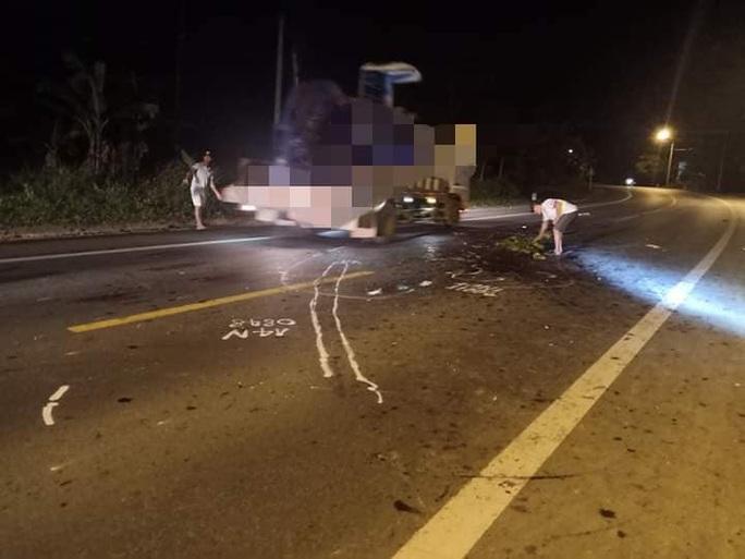 Tai nạn giao thông nghiêm trọng giữa xe con và xe máy, 1 người tử vong - Ảnh 1.