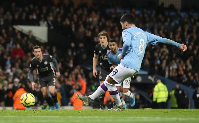 Ngược dòng ngoạn mục, Man City bùng nổ hạ Leicester - Ảnh 5.