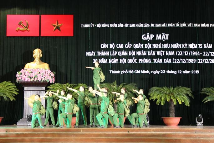 Phát huy truyền thống Bộ đội Cụ Hồ - Ảnh 3.