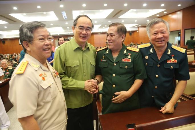 Phát huy truyền thống Bộ đội Cụ Hồ - Ảnh 2.