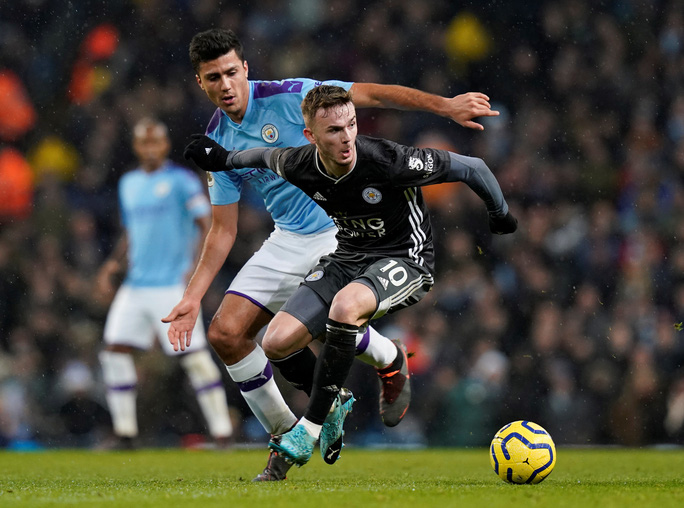 Ngược dòng ngoạn mục, Man City bùng nổ hạ Leicester - Ảnh 1.