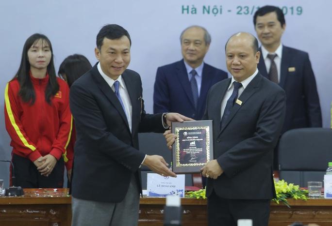 Bóng đá nữ Việt Nam được tài trợ 100 tỉ đồng với giấc mơ World Cup - Ảnh 2.
