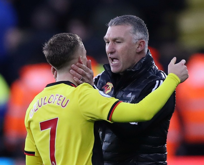 Paul Pogba tái xuất, Man United thua tan tác trước Watford - Ảnh 1.