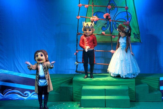 Nhà hát Múa rối Nụ Cười TP HCM ra mắt điểm diễn mới - Ảnh 4.