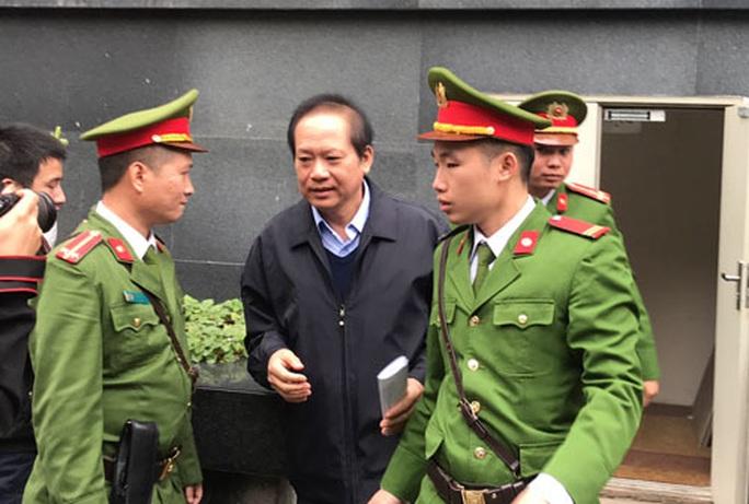 Vụ MobiFone mua AVG: Nguyên Bộ trưởng Nguyễn Bắc Son xin được sống - Ảnh 1.