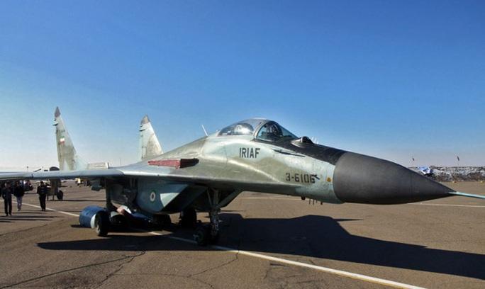 Chiến đấu cơ Nga sản xuất bị rơi, 2 phi công thiệt mạng - Ảnh 1.