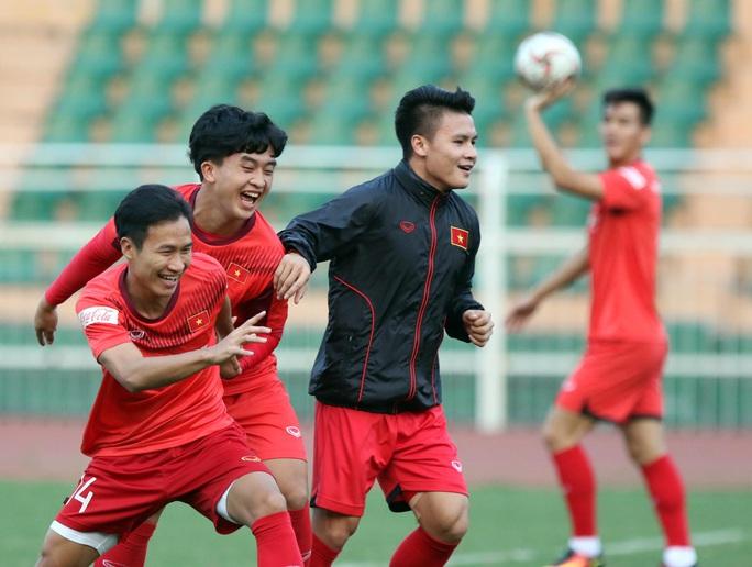 HLV Park Hang-seo kém vui vì U23 Việt Nam thiếu Văn Hậu - Ảnh 5.