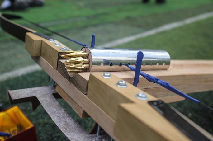 Cận cảnh Nỏ thần An Dương Vương hoạt động giống tên lửa container - Ảnh 12.
