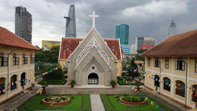Tu viện và Nhà thờ Thủ Thiêm hơn 160 tuổi được xếp hạng di tích cấp TP HCM - Ảnh 1.