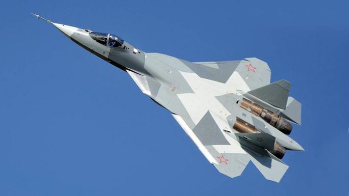 Chuẩn bị giao hàng cho không quân, Su-57 tối tân của Nga gặp nạn - Ảnh 1.