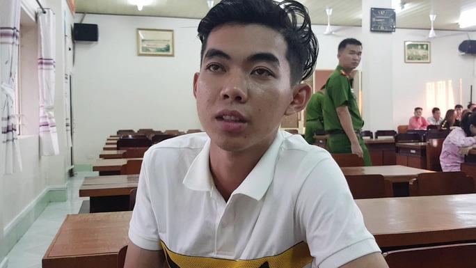 CLIP: 60 nam nữ thác loạn tập thể trong khách sạn ở TP Mỹ Tho - Tiền Giang - Ảnh 1.