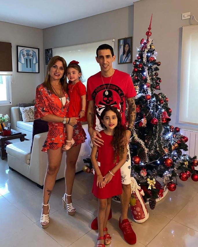 Kỳ nghỉ Giáng sinh đầy sắc màu của sao bóng đá thế giới - Ảnh 14.