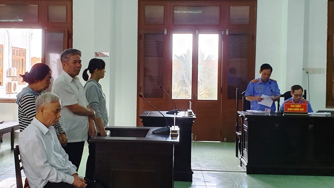 Cựu chánh án Phú Yên đối diện mức án 15 năm 6 tháng - 16 năm tù về tội tham ô - Ảnh 1.