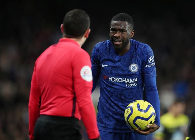 HLV Chelsea nói gì khi gục ngã trên sân nhà, nguy cơ rớt khỏi top 4? - Ảnh 3.