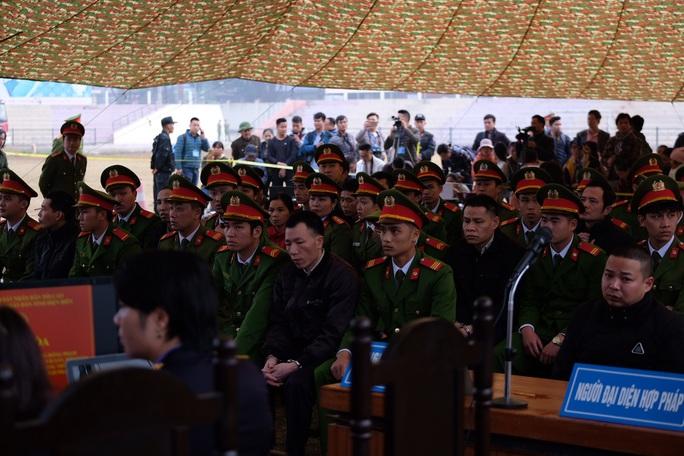 Đề nghị tử hình 6/9 kẻ bắt cóc, hiếp dâm, sát hại nữ sinh giao gà ở Điện Biên - Ảnh 2.