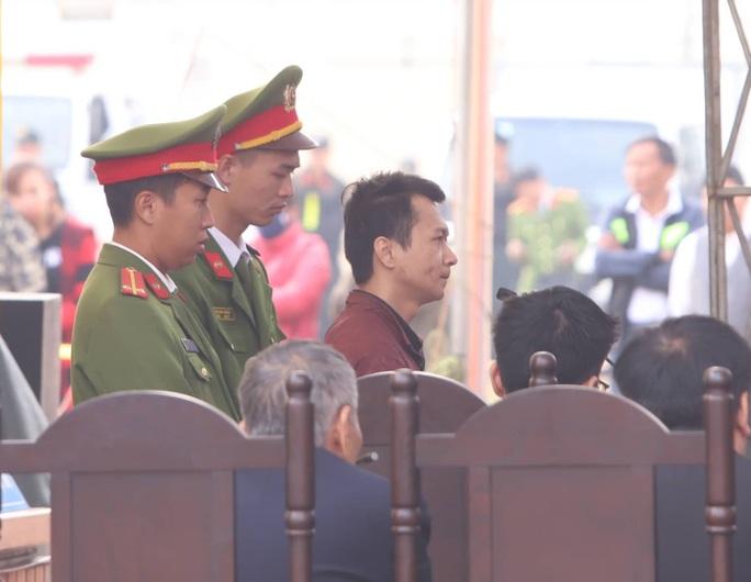 Đề nghị tử hình 6/9 kẻ bắt cóc, hiếp dâm, sát hại nữ sinh giao gà ở Điện Biên - Ảnh 1.