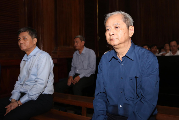 Đại diện VKS đề nghị phạt bị cáo Nguyễn Hữu Tín từ 7-8 năm tù - Ảnh 1.