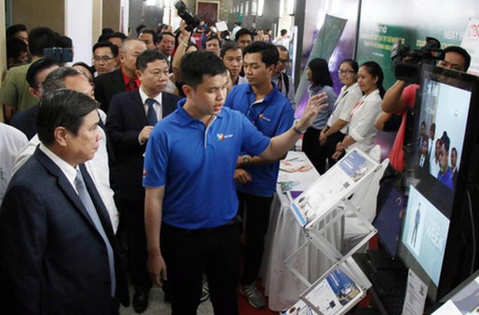Bí thư Nguyễn Thiện Nhân: Doanh nghiệp chọn TP HCM phát triển công nghệ thông tin là đúng chỗ - Ảnh 1.