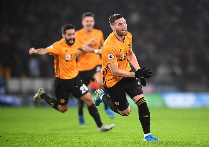 Wolverhampton ngược dòng đẳng cấp, Man City thua tê tái ở Molineux - Ảnh 8.