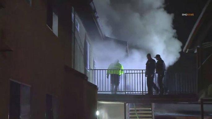 Lao vào chung cư đang cháy để cứu con, 3 cha con cùng chết - Ảnh 5.