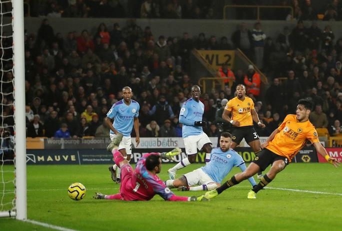 Wolverhampton ngược dòng đẳng cấp, Man City thua tê tái ở Molineux - Ảnh 7.