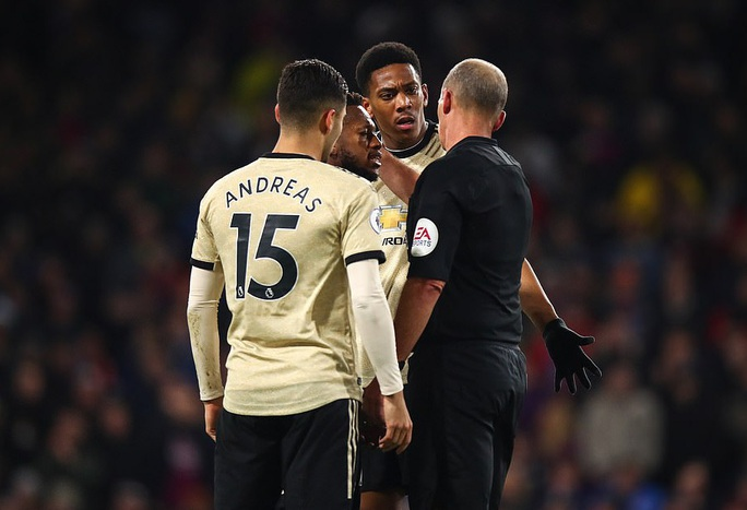 Chủ nhà Burnley tặng quà, Man United vào Top 5 - Ảnh 5.