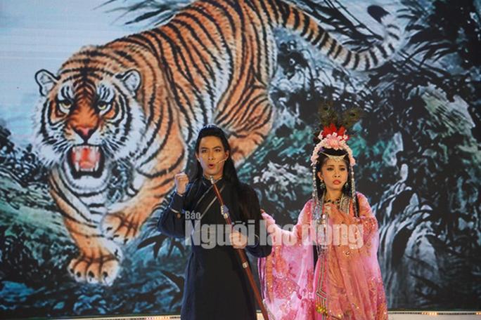 Chàng chăn vịt Nguyễn Chí Tâm đoạt giải Quán quân Tài tử miệt vườn 2019 - Ảnh 7.