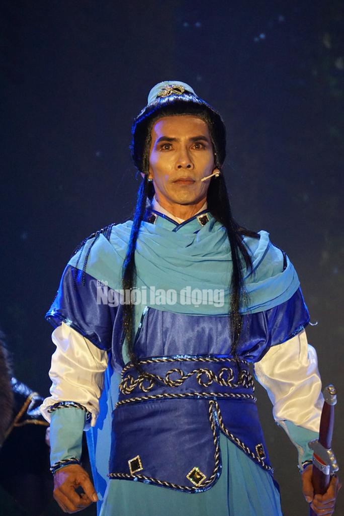 Chàng chăn vịt Nguyễn Chí Tâm đoạt giải Quán quân Tài tử miệt vườn 2019 - Ảnh 10.