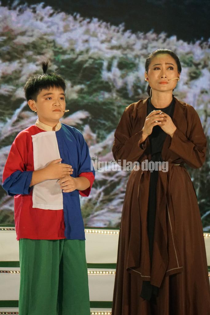 Chàng chăn vịt Nguyễn Chí Tâm đoạt giải Quán quân Tài tử miệt vườn 2019 - Ảnh 6.