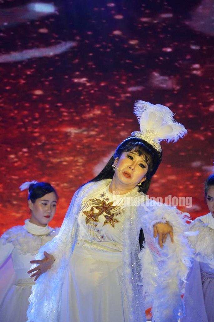 Chàng chăn vịt Nguyễn Chí Tâm đoạt giải Quán quân Tài tử miệt vườn 2019 - Ảnh 5.