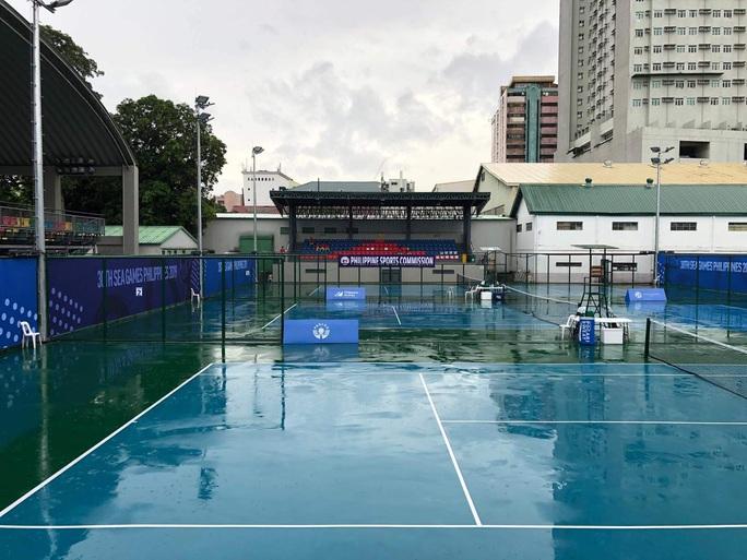 Lý Hoàng Nam và Daniel Cao Nguyễn chưa thể thi đấu vì bão đổ bộ - Ảnh 3.